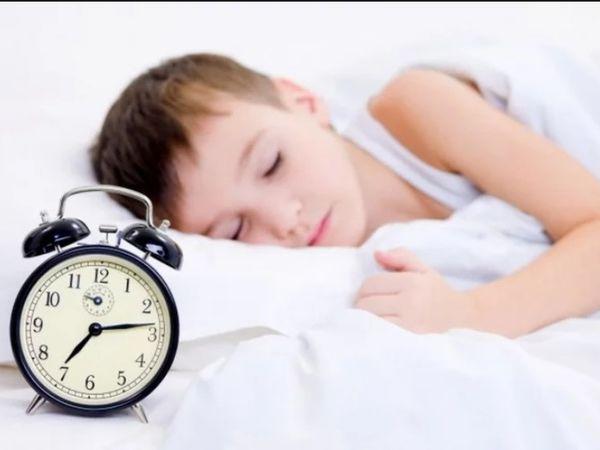 Психолог об адаптации детей после длительных праздников