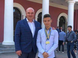 Плавець з Кропивницького здобув дві медалі у розіграші Кубку Львова