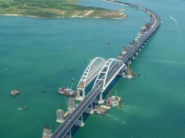 ЄС додав шість організацій до санкційного списку через участь у спорудженні Керченського мосту