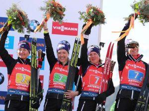 Жіноча збірна України з біатлону завоювала бронзу на чемпіонаті світу