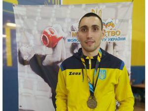 Кропивницький спортсмен став чемпіоном України з гирьового спорту
