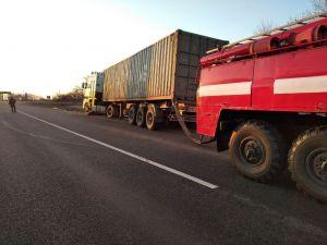 Кіровоградщина: У Новгородці бійці ДСНС надали допомогу водію автомобіля