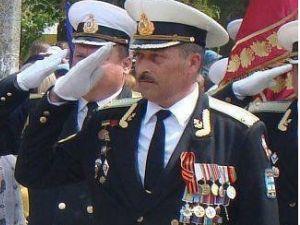 Кропивницький: Громада вшановує пам'ять капітана 1-го рангу Юрія Олефіренка.