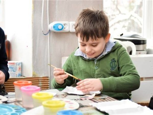 На Кировоградщине  проходит выставка о жизни детей-аутистов (ФОТО)