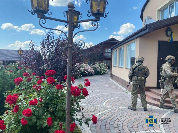 Кіровоградщина: Як СБУ затримувала голову ОДА Андрія Балоня (ФОТО)
