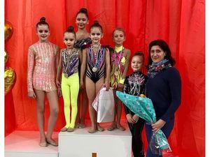 """Юні кропивницькі гімнастки розіграли титул """"Міс Валентинка"""""""