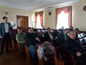 Кропивницький: Звернення до Уряду з приводу мораторію на продаж землі у Фортечній раді викликало дебати