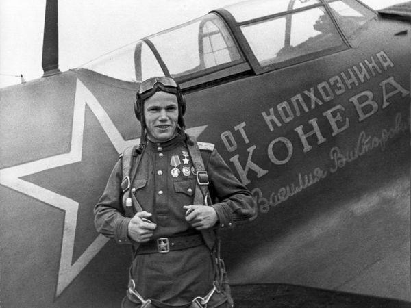 Кращому льотчику-асу, який захищав Харківську область, виповнилося б 98
