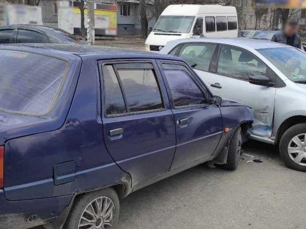Кропивницький: На Яновського сталася аварія