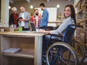 На Кіровоградщині безробітні з інвалідністю проходять професійне навчання