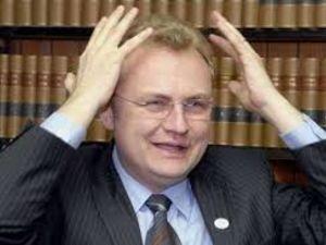 У своїх виступах Андрій Садовий часто  схильний до перебільшень