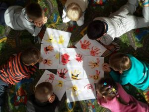 Кіровоградщина: Молода жінка влаштувалась вихователем за допомогою служби зайнятості