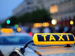 Яким має бути водій таксі?