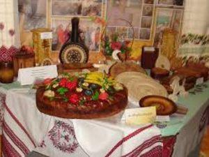У Кропивницькому презентують виставку «Калиновий розмай»