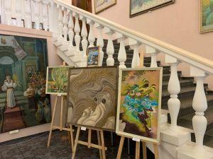 У полоні ніжності: У Кропивницькому відкрили експозицію робіт Марії Церни (ФОТО)
