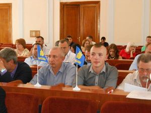 Міськрада Кропивницького відмовилася виконувати Закон про декомунізацію і лишатиметься «Кіровоградською»
