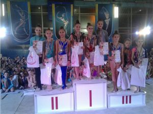 Кропивницькі гімнастки вибороли нагороди на турнірі у Кривому Розі