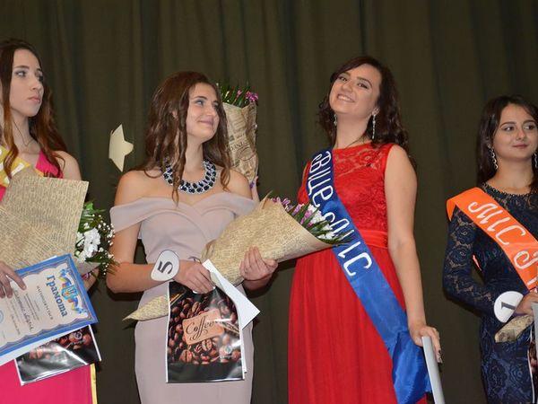 Кропивницький: Хто зі студенток став першою Міс коледж-2018 у коледжі харчування та торгівлі? (ФОТО)