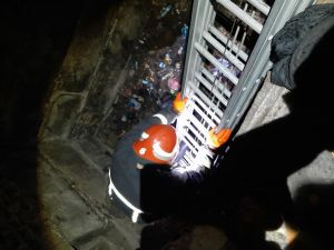 На Миколаївці чоловік потрапив до триметрової ями