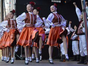 Кропивницький: Андрій Райкович вітає містян зі Всесвітнім днем танцю
