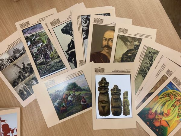 Лицарі степу: У Кропивницькому презентували набір листівок (ФОТО)