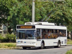 Тролейбуси від сьогодні їздитимуть по звичному маршруту