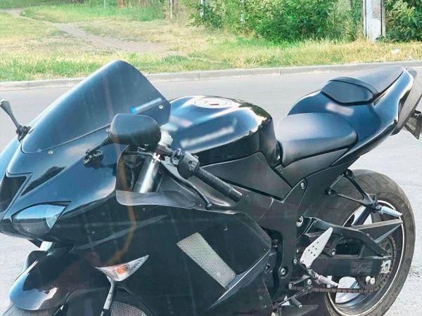 """У Кропивницькому патрульні виявили ймовірного """"двійника"""" мотоцикла"""
