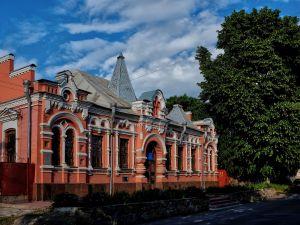 """У музеї Осмьоркіна презентують фотовиставку """"Архітектурна мандрівка Кропивницьким"""""""