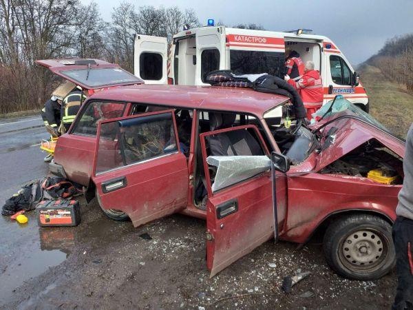 Кропивницький: Під час аварії постраждало п'ятеро людей (ФОТО)