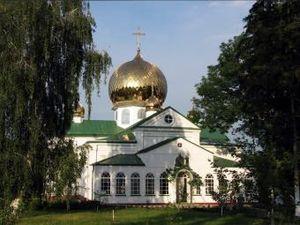 Паломничество: едем через озера и лес в Лебединский монастырь