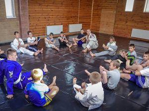 Дитячо-юнацький спортивний пансіонат «Борець» запрошує дітей