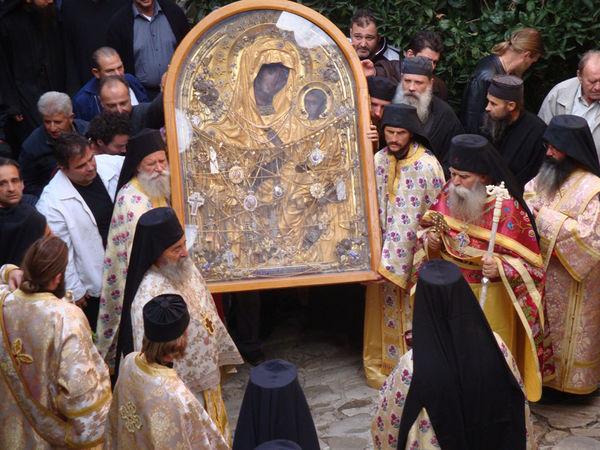 Протоиерей Евгений Назаренко рассказывает об иконе Пресвятой Богородицы Скоропослушница (ВИДЕО)