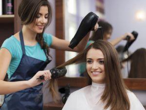 Кіровоградщина: безробітним пропонують долучитись до індустрії краси