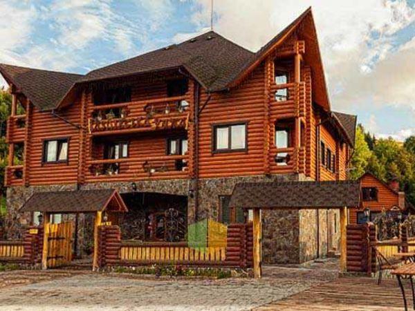 Готель «Газдівська хижа» на Закарпатті, в селі Пилипець, запрошує всіх охочих на відпочинок в гори!