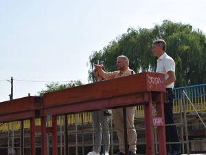 Кропивницький: Міська влада підганяє працівників водоканалу завершувати роботи на Вокзальній