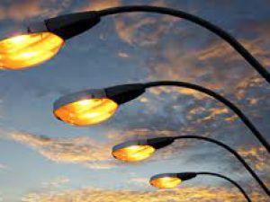 У Долинськй громаді активно відновлюють вуличне освітлення