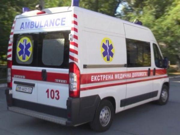 На Кіровоградщині чоловік випав із машини. Від отриманих травм він помер