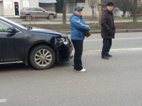 Кропивницький: На Соборній зіштовхнулися дві автівки (ФОТО)