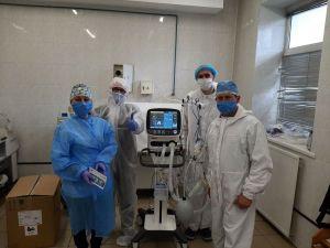 ПриватБанк передав інфекційній лікарні Івано-Франківська сучасний апарат штучної вентиляції легень