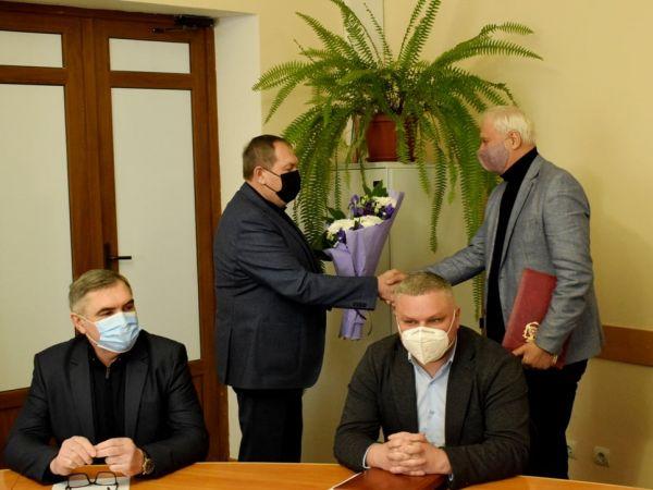 У Кропивницькому нагородили голову обласної профспілки Віктора Федотова