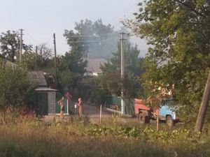 На Кіровоградщині за декілька хвилин згорів гараж та автомобіль в ньому (ФОТО, ВІДЕО)