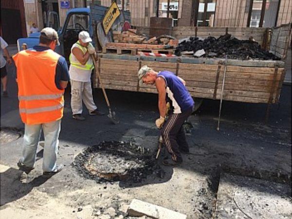 Як ремонтують вулицю Чорновола у Кропивницькому (ВІДЕО)