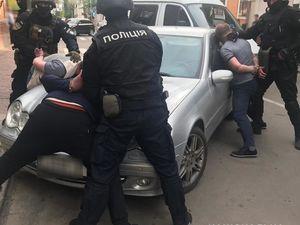 Кропивницький: На вулиці Чорновола затримали банду злочинців (ФОТО)