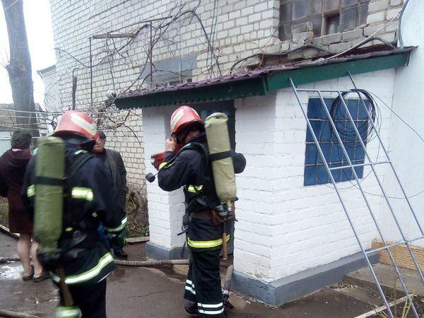 На Кіровоградщині від вогню ледь не постраждала сім'я з дитиною