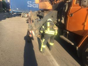 Кіровоградщинаь: Автомобіль «DAF» застряг на Родімцева і перекрив рух