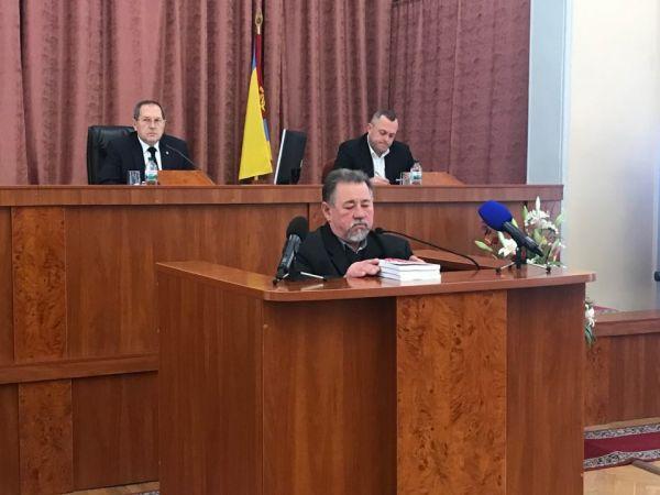 Баня та повії: радикал запропонував депутатам «жерти землю»