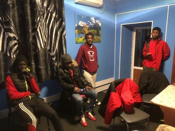 Шантаж і голод на чужині:  як хлопці з Африки приїхали до Кропивницького у футбол грати