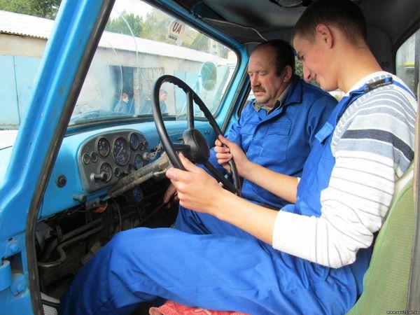 Хочеш бути водієм автотранспортних засобів? Навчайся!