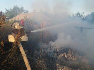 Пожежі в приватному секторі Кіровоградщини гасили двічі за добу