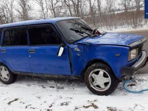 У Кропивницькому п'яний водій врізався у дерево (ФОТО)